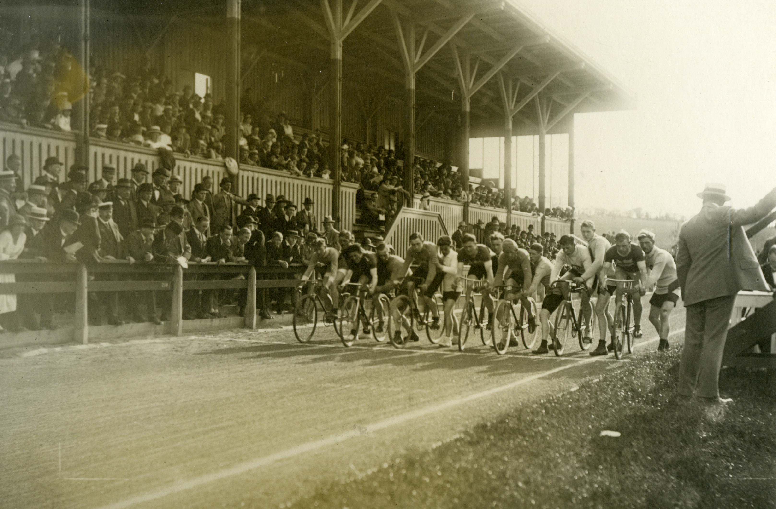 Cykelløb på Aarhus Stadion.