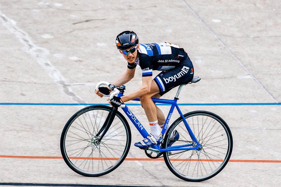 Hammel drengen, Jeppe Aaskov Pallesen, havde en flot sæson som første års senior på cyklebanen, foto: Uggi Kaldan.